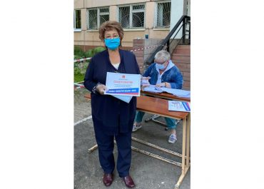 Лилия Корниенко голосует